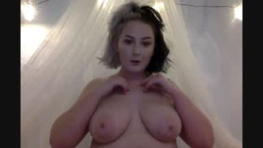 titty play x
