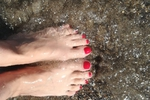 Toes and feet